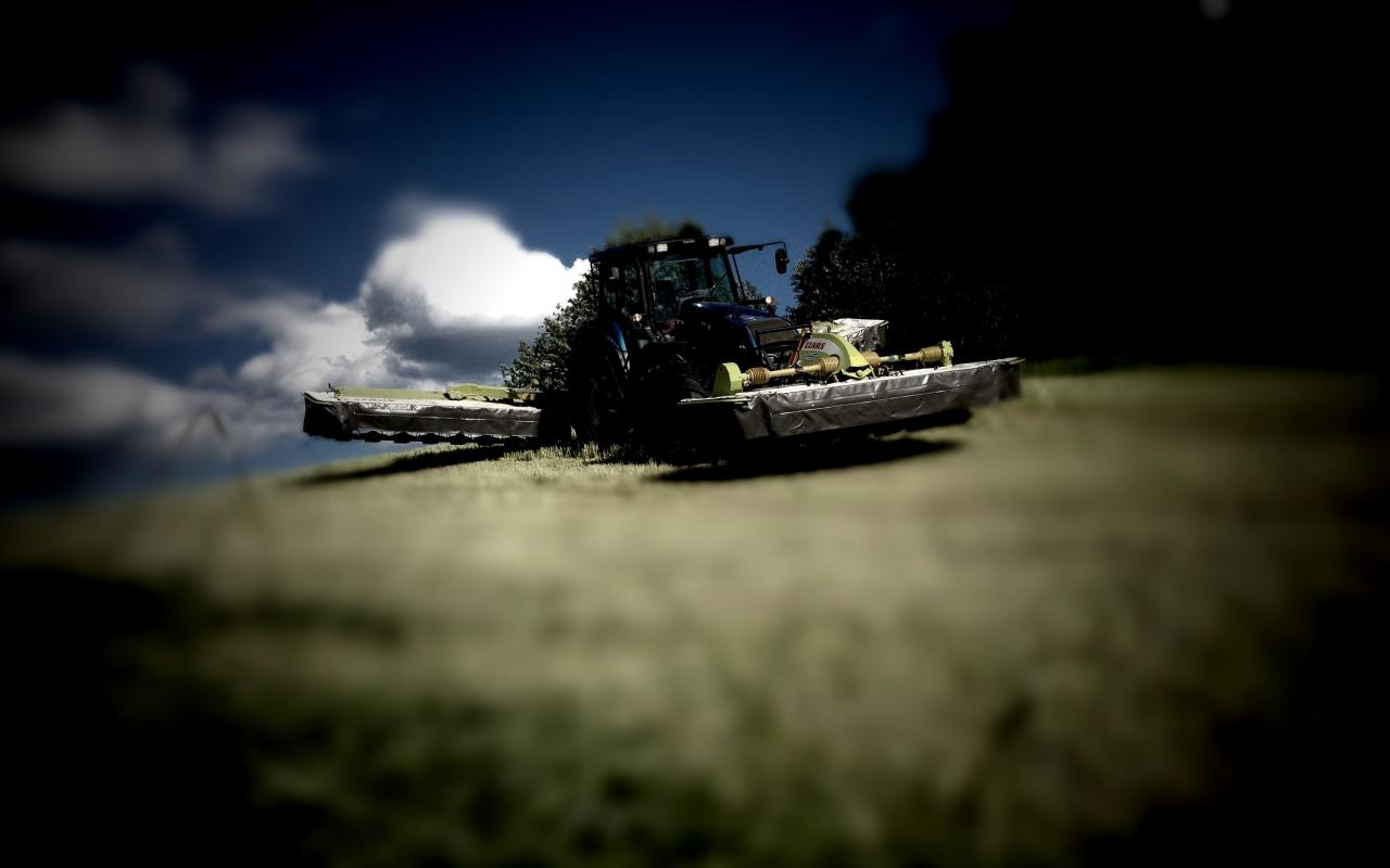 farming_agriculture_valtra_t170_claas_disco_1280x800_18540